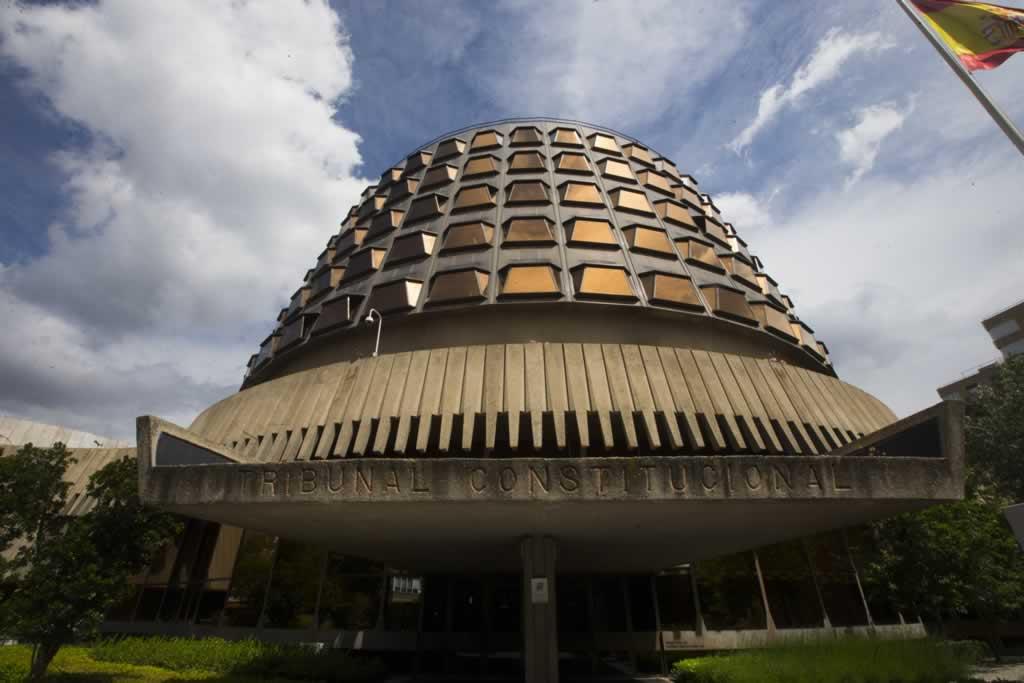 El Tribunal Constitucional rechaza que la primera citación o emplazamiento de las empresas se realice por medios electrónicos